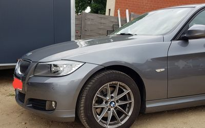 Stockie's Automotive - Custom Projects - BMW E90 zilver